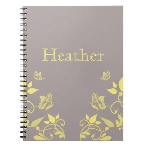Cuaderno floral de la mariposa amarilla