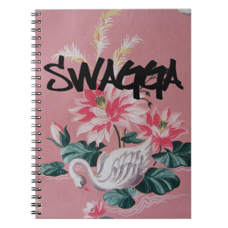 Cuaderno floral del vintage y del cisne rosado del