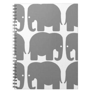 Cuaderno gris de la silueta de los elefantes