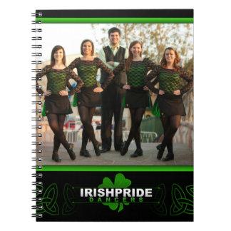 Cuaderno irlandés de los bailarines del orgullo