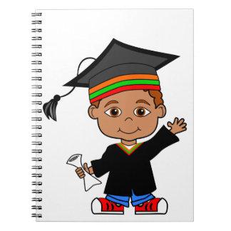 Cuaderno lindo del muchacho de la graduación del