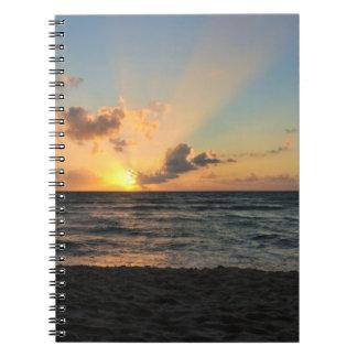 Cuaderno mexicano de la salida del sol