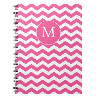 Cuaderno moderno de Chevron del rosa del monograma