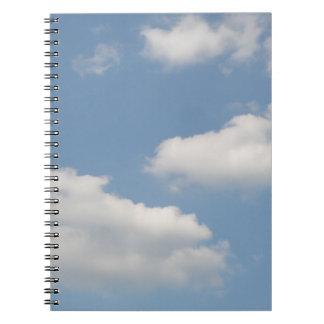 Cuaderno mullido de las nubes de cúmulo