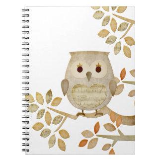 Cuaderno musical del búho del árbol
