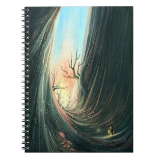 cuaderno oscuro de lujo del paisaje