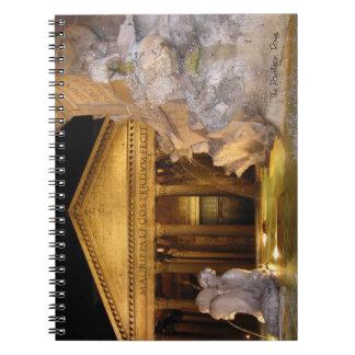 Cuaderno - panteón en la noche