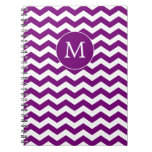 Cuaderno púrpura de Chevron del monograma moderno