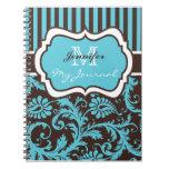 Cuaderno rayado blanco azul del diario del damasco