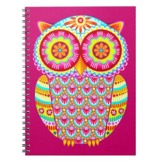 Cuaderno retro abstracto colorido lindo del búho