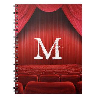 Cuaderno rojo de la inicial del monograma del
