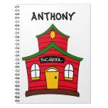 Cuaderno rojo lindo de la casa de la escuela