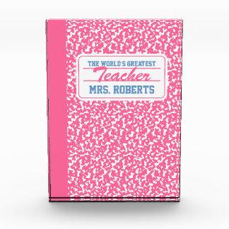 Cuaderno rosado de la composición