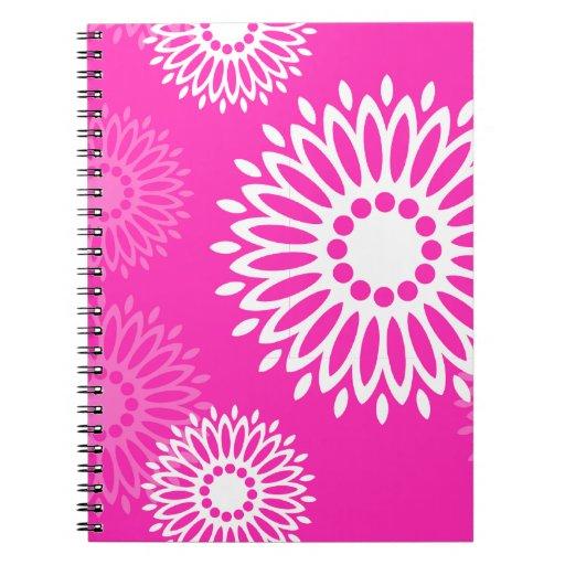 Cuaderno rosado de las flores del verano