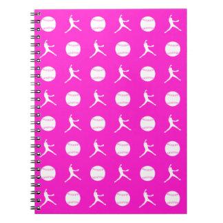 Cuaderno rosado del modelo de Fastpitch