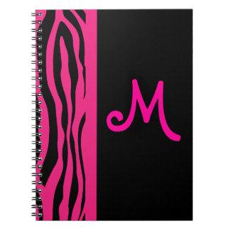 Cuaderno rosado del monograma de la raya de la ceb