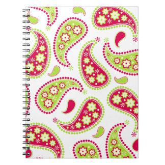 Cuaderno rosado y verde de Paisley