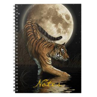 Cuaderno salvaje del arte de la fauna del tigre de