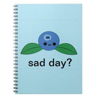 Cuaderno solo del arándano del día triste lindo de