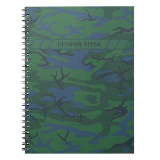 Cuaderno verde crepuscular de Camo con el bloque