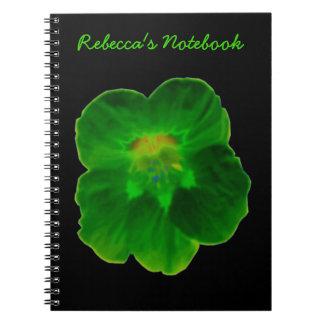 Cuaderno verde del personalizable de la capuchina