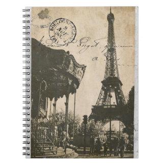 cuaderno viejo de la postal de París