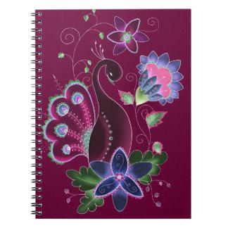 Cuaderno violeta del pavo real