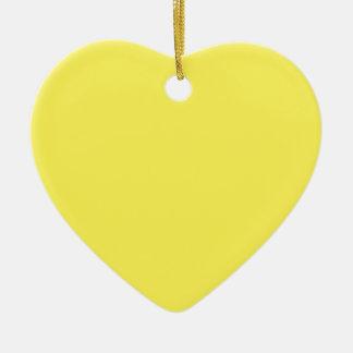 Cuadrado amarillo adorno de cerámica en forma de corazón