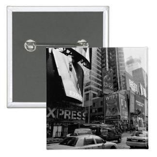 Cuadrado blanco negro de New York Times Pin Cuadrado