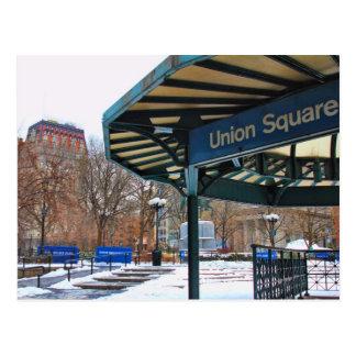 Cuadrado de la unión de NYC Nevado en invierno Tarjetas Postales