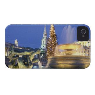 Cuadrado de Trafalgar en el navidad, Londres, Ingl iPhone 4 Case-Mate Fundas