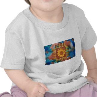 Cuadrado del edredón de no su abuelita camiseta