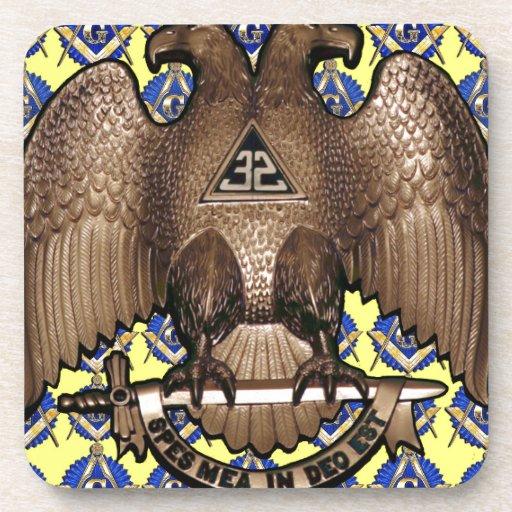 Cuadrado y compás escoceses amarillos del rito posavaso
