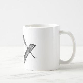 Cuadrado y compases taza