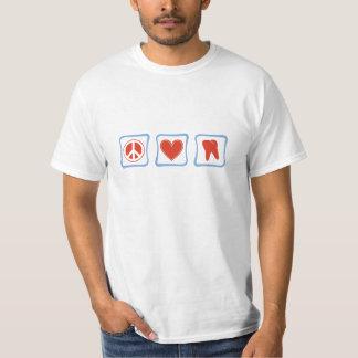 Cuadrados de los dentistas del amor de la paz playeras