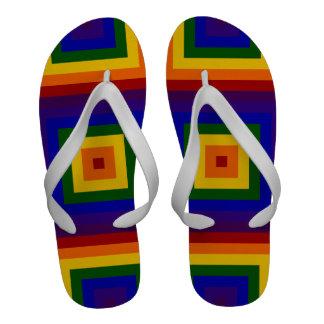 Cuadrados del arco iris chanclas de playa
