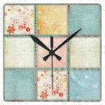Cuadrados florales del edredón relojes
