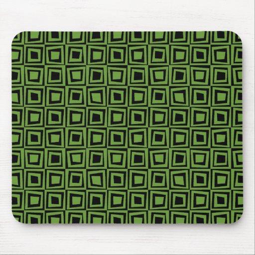Cuadrados retros - verde del aguacate en negro tapetes de raton