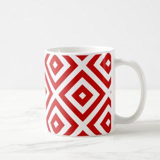 Cuadrados rojos y blancos de la abuelita taza clásica