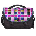 Cuadrados rosados y azules bolsas para portátil