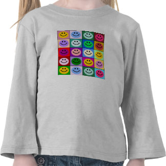 Cuadrados sonrientes de la cara del arco iris camiseta