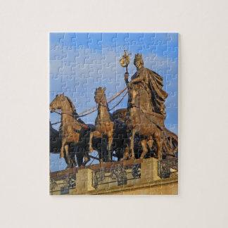 Cuadriga en el castillo de Brunswick, Alemania Puzzles Con Fotos