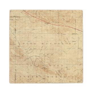 Cuadrilátero del Mt Pinos que muestra la grieta de Posavasos De Madera