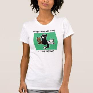 Cuál es incorrecto con ser una señora loca del camisetas