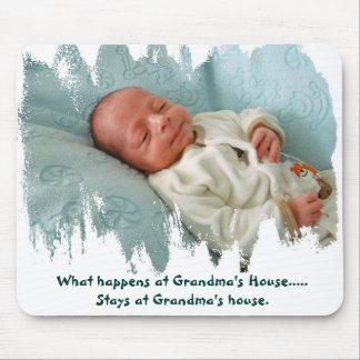 Cuál es sucede en la casa de la abuela… alfombrillas de ratón