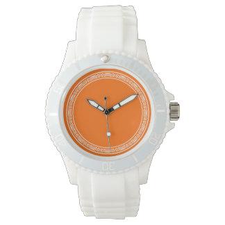 Cualquie color con el diseño blanco de la frontera reloj