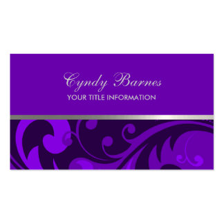 Cualquie color con la tarjeta de visita púrpura