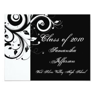 """Cualquie graduación negra del ~ del año/blanca de invitación 4.25"""" x 5.5"""""""