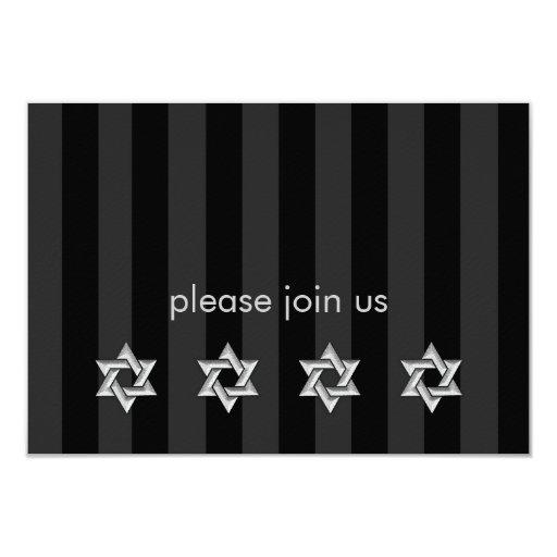 Cualquier raya del color con plata protagoniza la invitación 8,9 x 12,7 cm