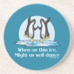 Cuando en diseño divertido de los pingüinos finos posavasos para bebidas